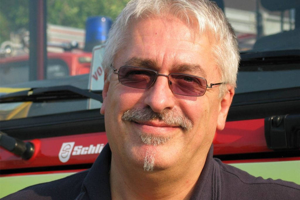 Brandinspektor Arnd Buch ist zwar nicht mehr im aktiven Dienst, setzt sich aber sehr für die Belange der Freiwilligen Feuerwehr in Deusen ein.