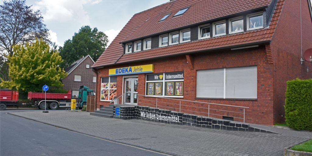 Die nur 140 Quadratmeter große Edeka-Filiale in Capelle wird 2021 schließen. Das hat Betreiberin Bianca Jehle angekündigt. Wenn Jehle schließt, soll im besten Fall übergangslos ein neuer Lebensmittelmarkt eröffnen.