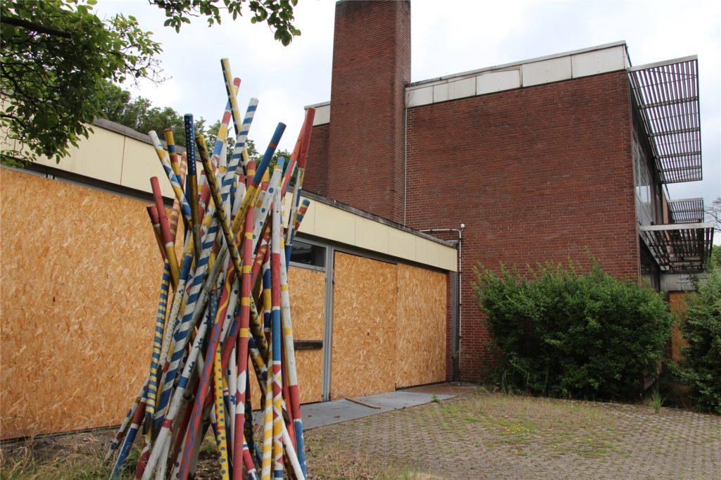Eine von vier Flüchtlingsunterkünften soll auf dem Gelände der Hauptschule Wethmar entstehen.