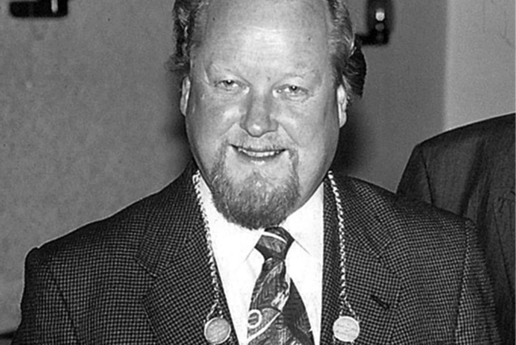 Das Nachbarschicht 1 trauert um den gestorbenen Jürgen Grewe, der im Jahre 1995 auch die Schichtmeisterkette trug.