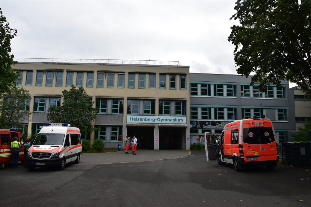 Im Heisenberg-Gymnasium wurde die Evakuierungsstelle für betroffene Anwohner der Bombenentschärfung eingerichtet.