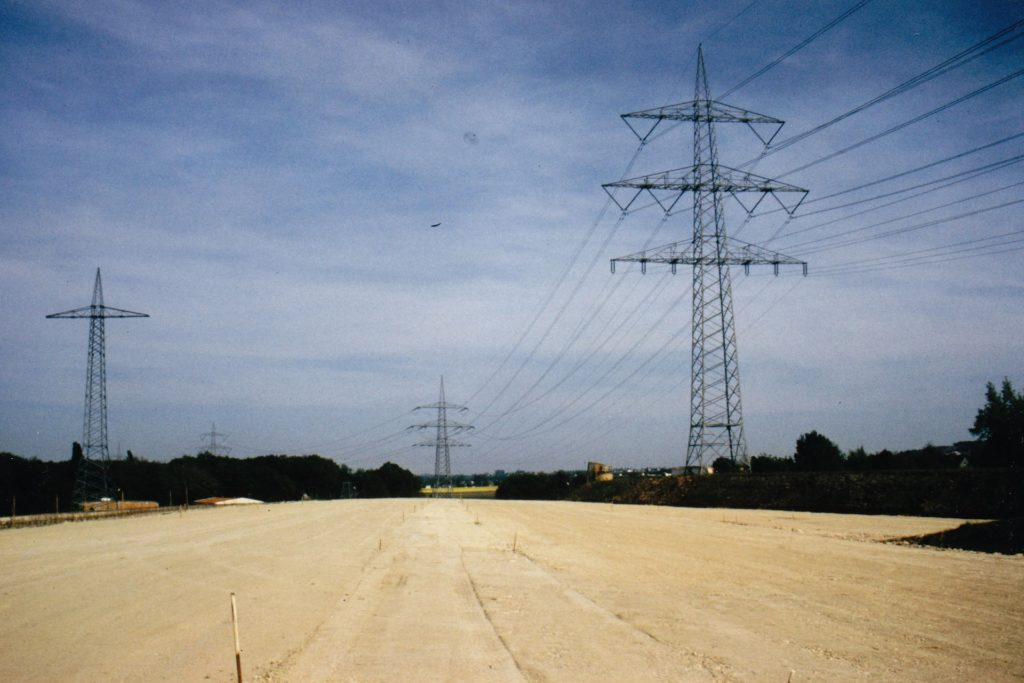 So sah das Brackeler Feld aus, als das erste Teilstück der L663n im Jahr 1993 gebaut wurde. Der geplante Weiterbau der Brackeler Straße würde der Lebensraum der Tiere weiter einschränken.