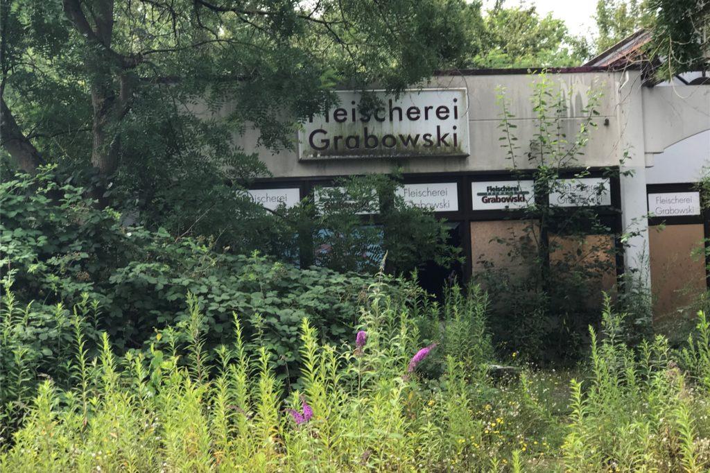 Einst zogen hier Aldi, Marktfrisch und der Metzger Christoph Grabowski Kunden an. Seit Jahren steht das Gebäude an der Kleinen Lönsstraße leer. Jetzt soll sich dort etwas tun.