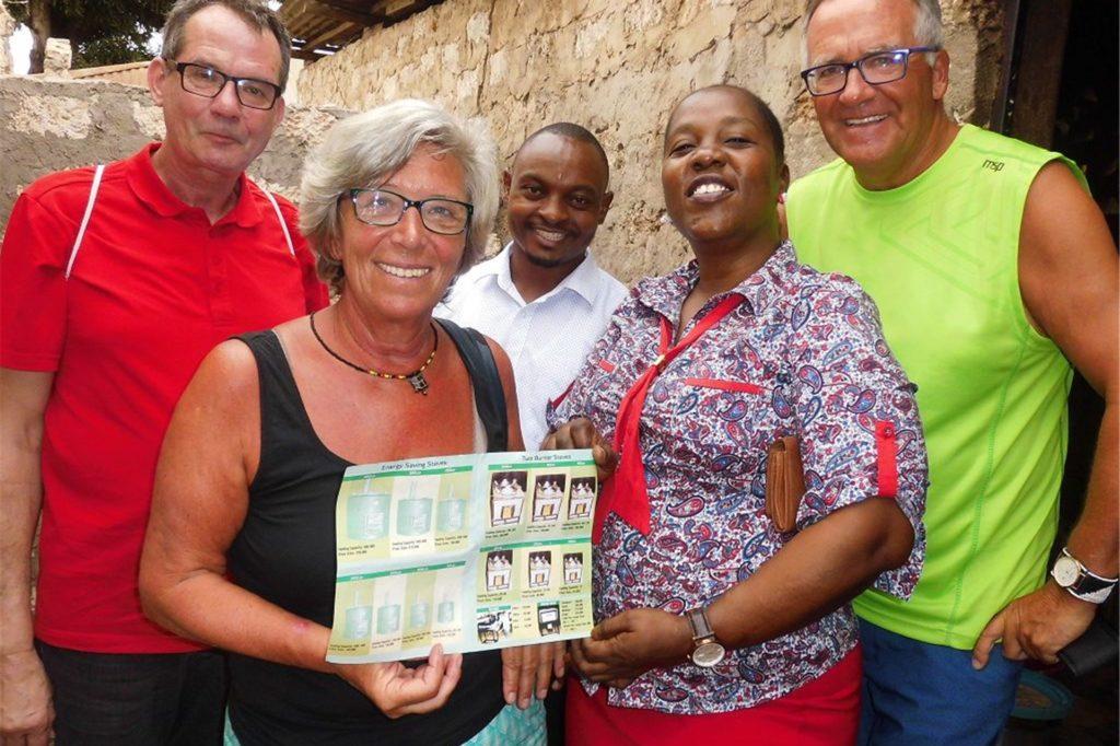 Gemeinsam mit Birgit und Bernd Kersting reiste Wolfgang Hülsbusch nach Kenia, um dort Spenden für verschiedene Projekte zu übergeben.