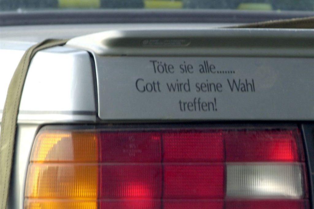 Dieser Aufkleber zierte Bergers Auto (Archivbild aus dem Jahr 2000).