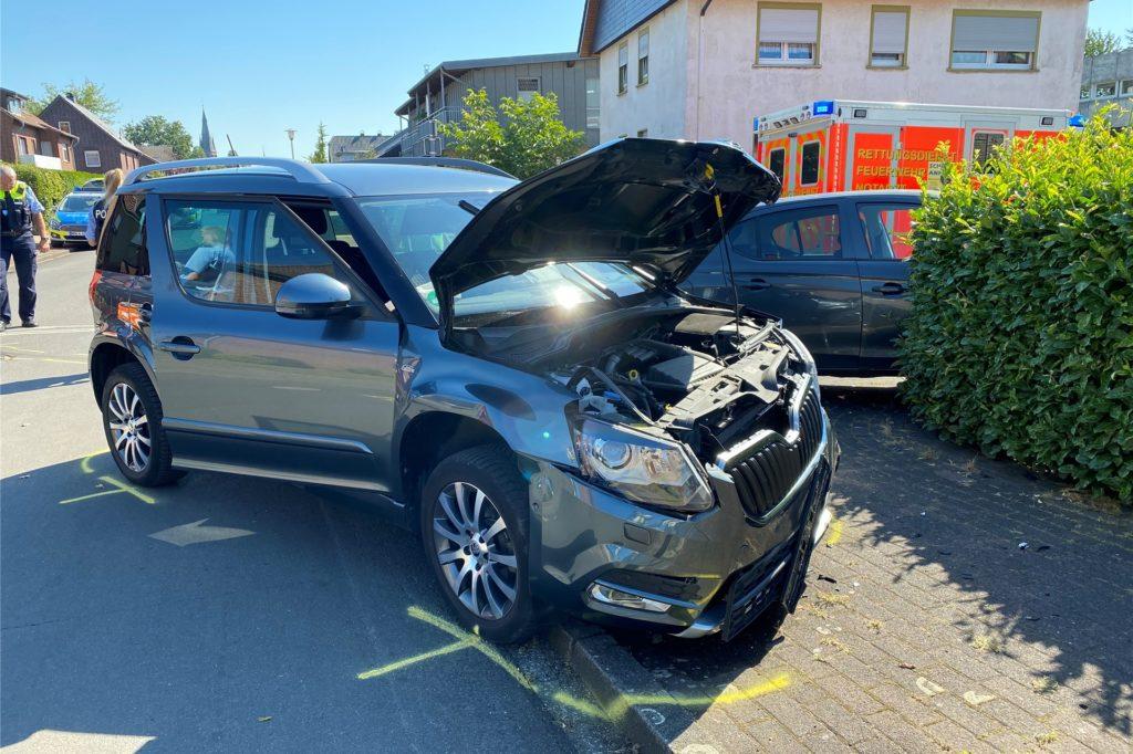 Beide Autos waren nicht mehr fahrbereit.