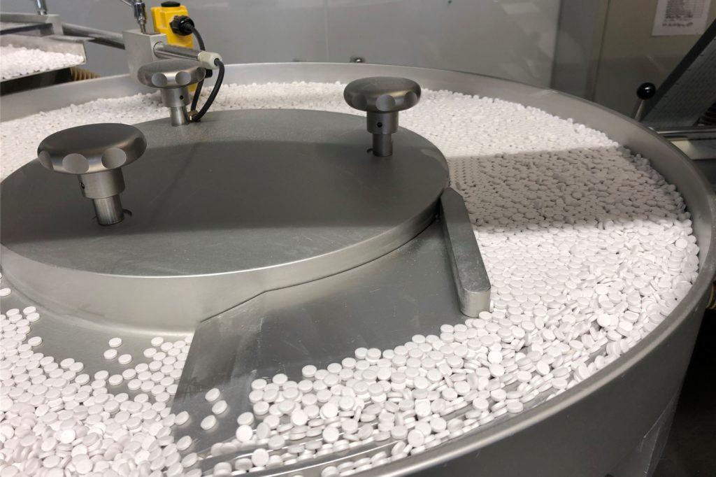 Tabletten-Abfüllung bei der Tintometer GmbH in Dortmund