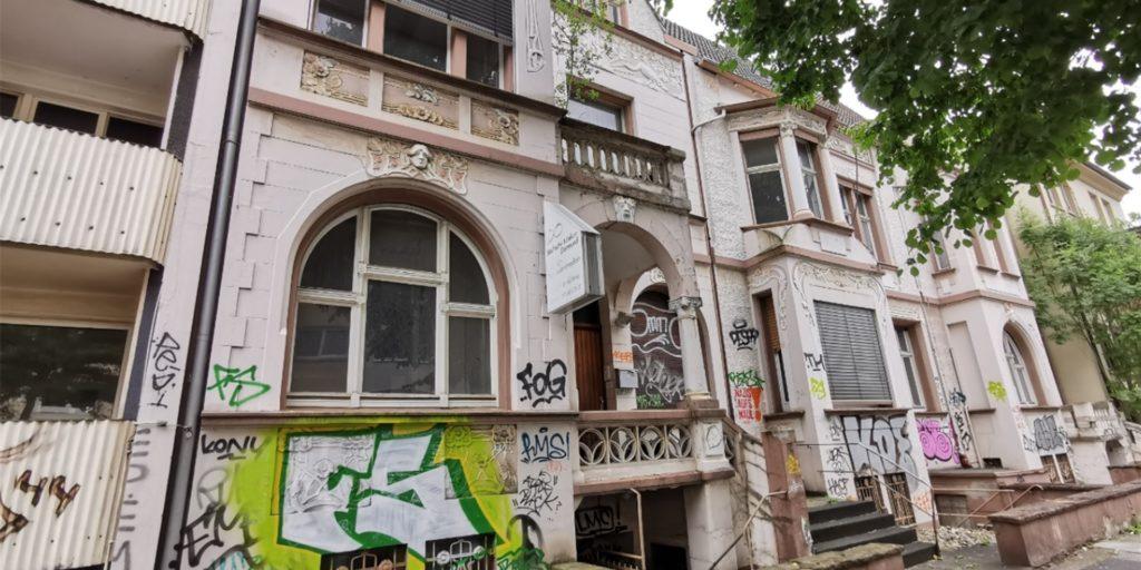Trotz sehr beliebter Wohnlage verfällt dieses Gebäude in der südlichen Innenstadt bereits seit Jahren.