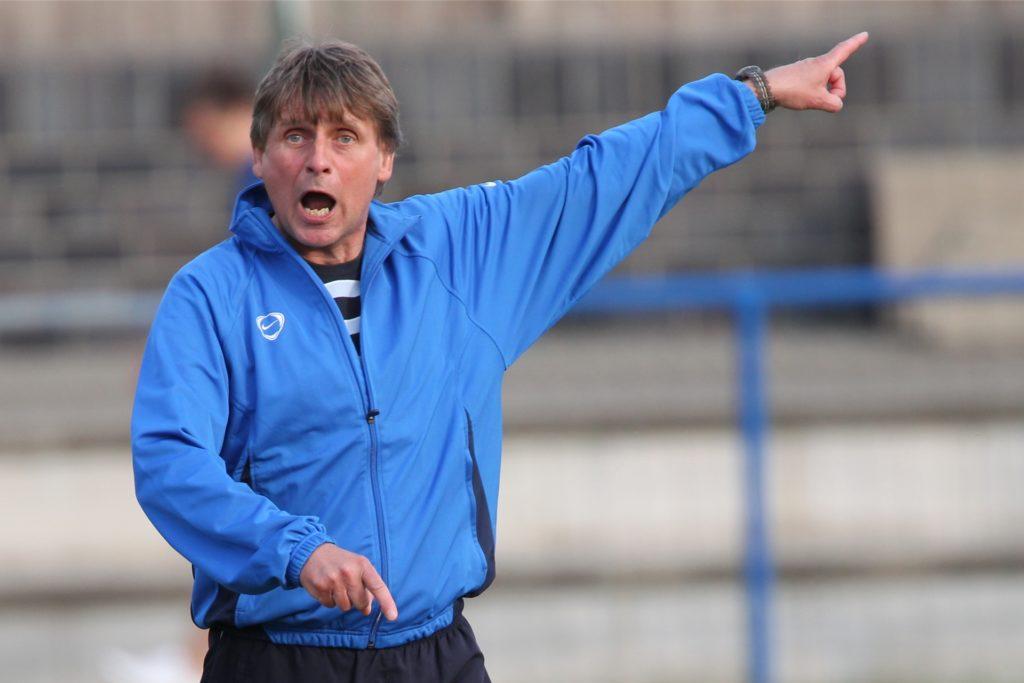 Stets sehr engagiert am Spielfeldrand auf Schwerin: Jürgen Klahs