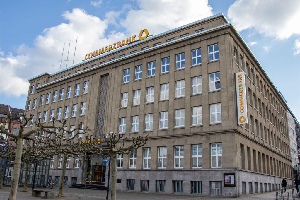 Die Hauptfiliale der Commerzbank am Hansaplatz bleibt bestehen.