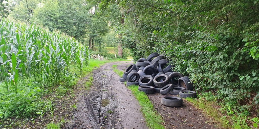 In der Nähe des Bogenschieß-Platzes der Schützengilde Habinghorst am Kanal wurde dieser Reifenhaufen entdeckt.