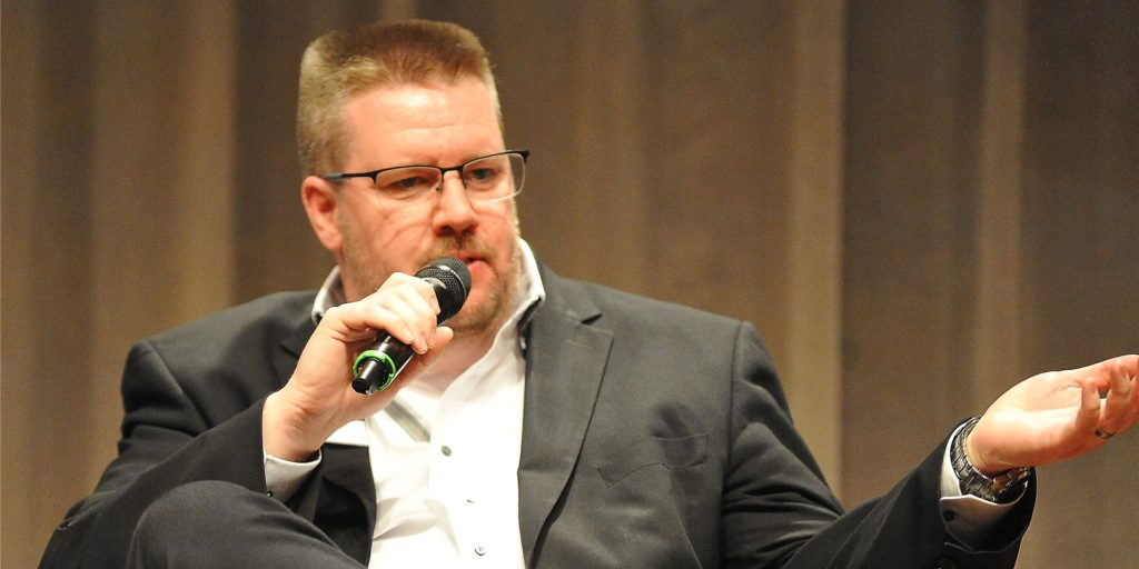 Nils Bettinger verteidigt seine neue Idee für die Xscape-Fläche.