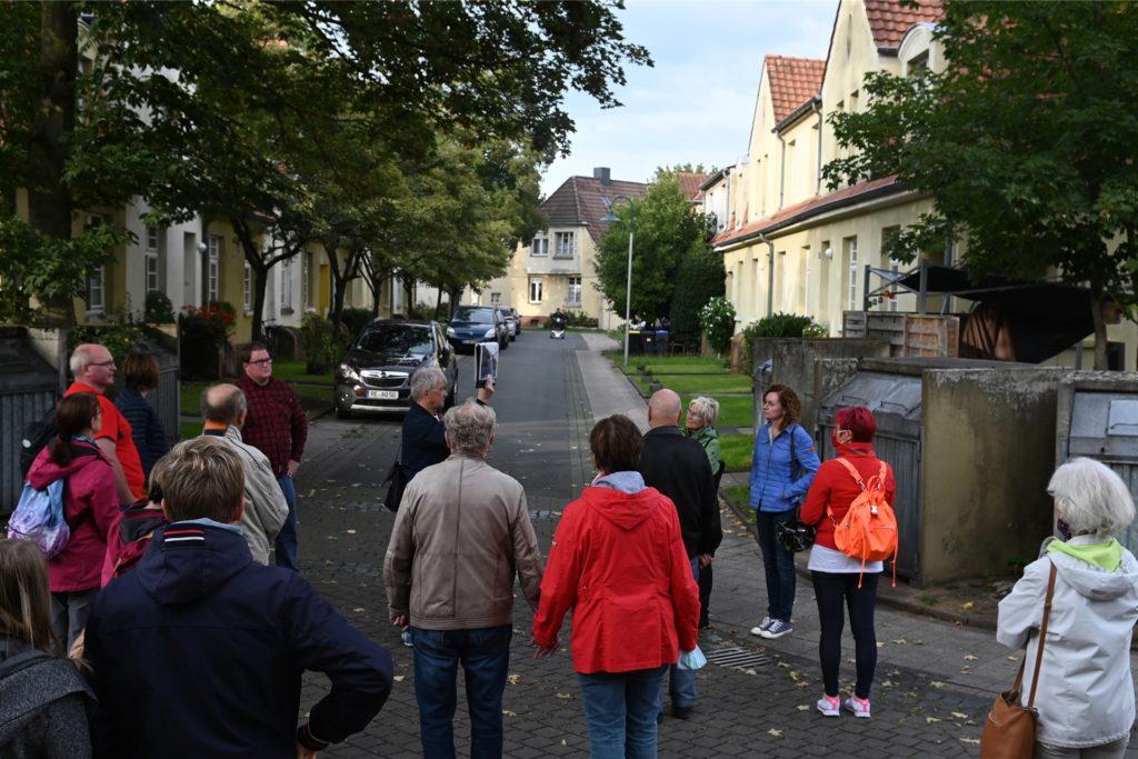 Drei Stunden Spaziergang durch die Zechenkolonie und über das ehemalige Zechengelände.