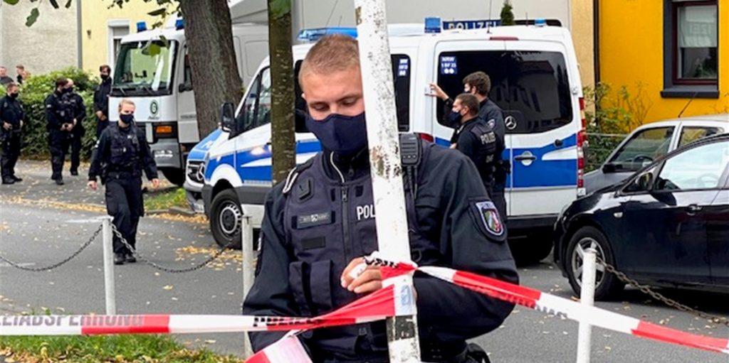 Die Polizei setzt ihre Durchsuchung in Lütgendortmund heute fort.