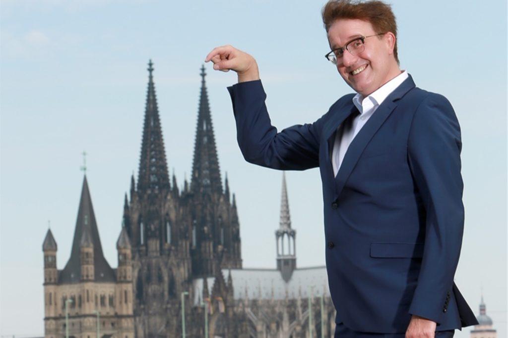 Der Politkabarettist Christoph Brüske stellt sein aktuelles Programm vor.