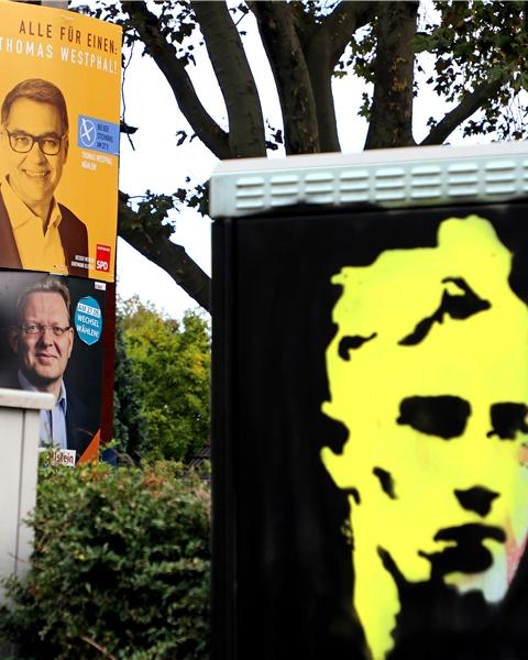 Die OB-Kandidaten Thomas Westphal und Dr. Andreas Hollstein waren vor der Kommunalwahl tatsächlich noch häufiger am Straßenrand zu sehen als August Lenz.