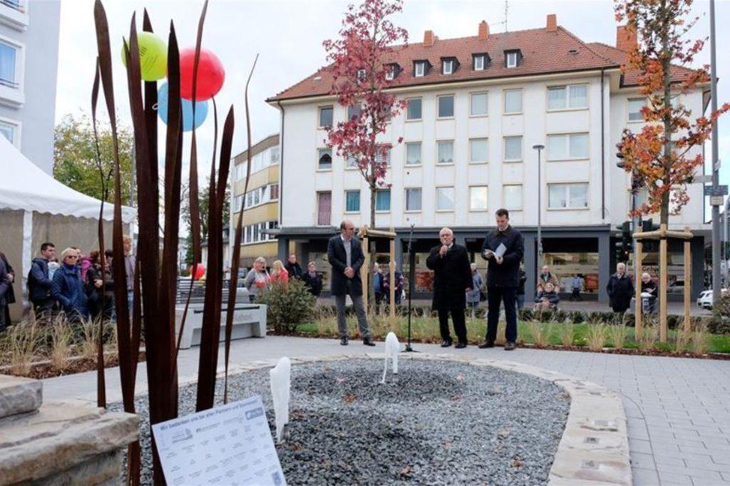 Im Oktober 2018 wurde der mit Mitteln aus dem Altstadtfonds finanzierte Brunnen am Essener Tor eingeweiht.