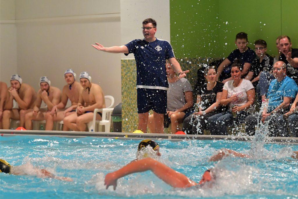 Olaf Bispinghoff in Diensten des SV Lünen. Fünf Jahre war er vor seinem Wechsel nach Bochum Trainer der Wasserball-Männer.