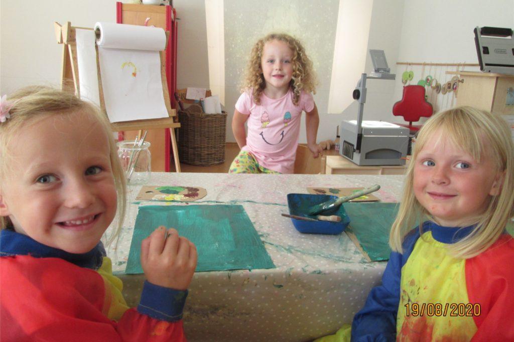 """""""Im Kita-Atelier wählten die Kinder unter vier bekannten Künstlern die Sonnenblume von Gustav Klimt"""", erläutert Nicole Büscher."""