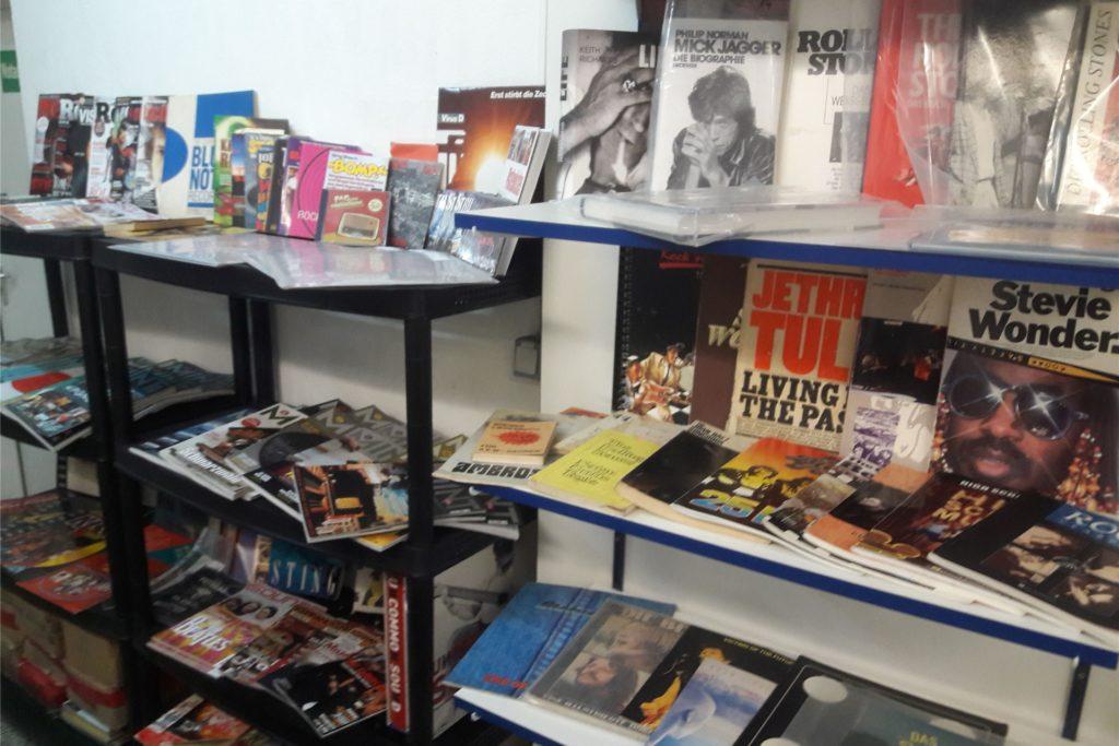 Auch einen eigenen Verkaufsbereich für Bücher, Zeitschriften und Album-Veröffentlichungen von Dorstener Musikern wird es geben.