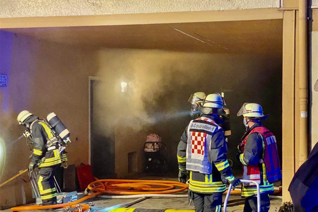 Am Lütgendortmunder Hellweg mussten 18 Personen aus dem Brand-Haus gerettet werden.