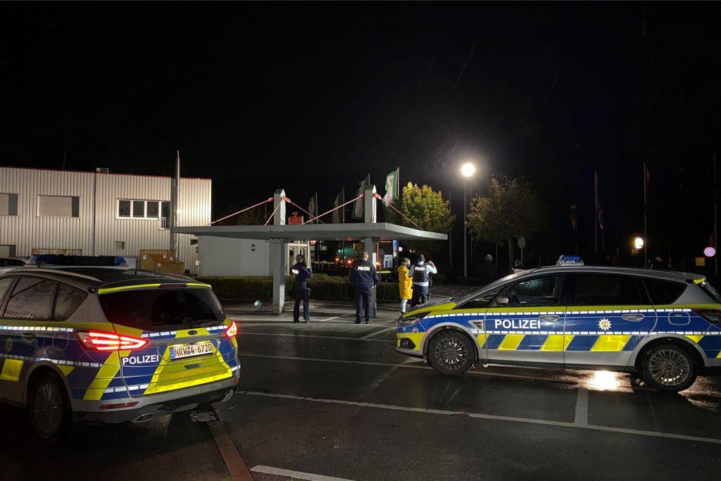 Die Polizei war mit einem Großaufgebot vor Ort.