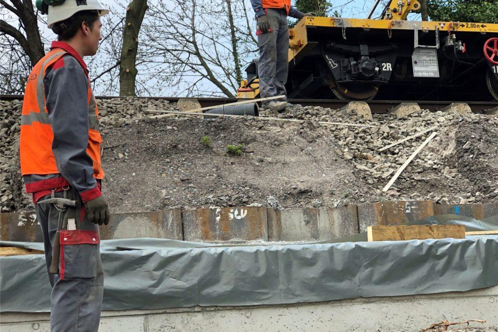Die Bauarbeiten an der Bahnstrecke Münster-Dortmund haben länger dauert als geplant.