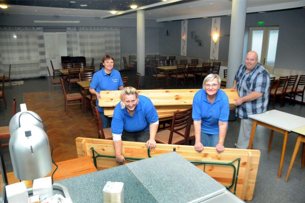 Auch den großen Saal haben Jens Fördes und sein Team im vergangenen Monat kräftig renoviert.