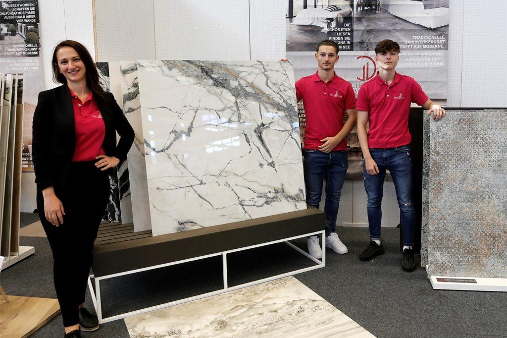Hochwertige Fliesen präsentierten Kllaudija und Justin Gabriel Dedaj zusammen mit Yuri Kutscherenko.