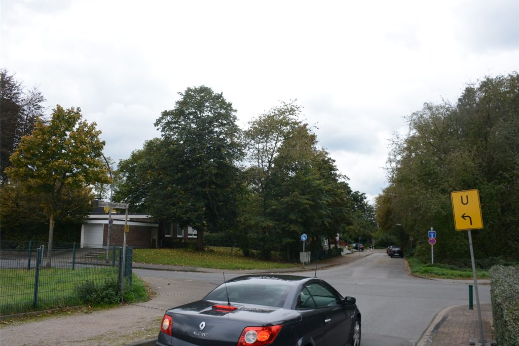 Die Anwohner befürchten, dass es insbesondere an der Umleitungstrecke Droste-Hülshoff-Straße/Storchsbaumstraße zu gefährlichen Situationen kommt.