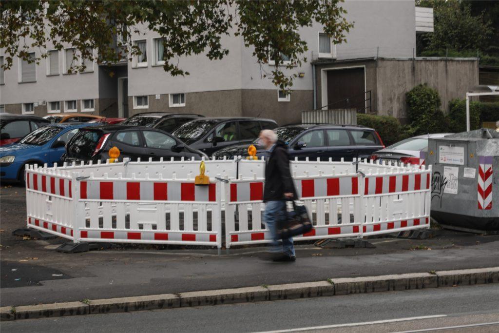 Am Brackeler Hellweg in Höhe des Wochenmarktplatz ist noch eine Baustelle.