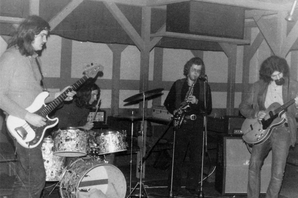 Der Halterner Uli Backmann (l.) trat damals mit einer Band im Old Daddy auf.
