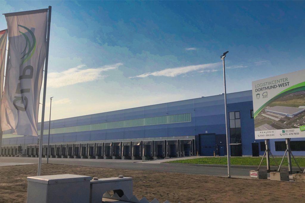 Das Logistikcenter Dortmund West am Deininghauser Weg ist betriebsbereit.