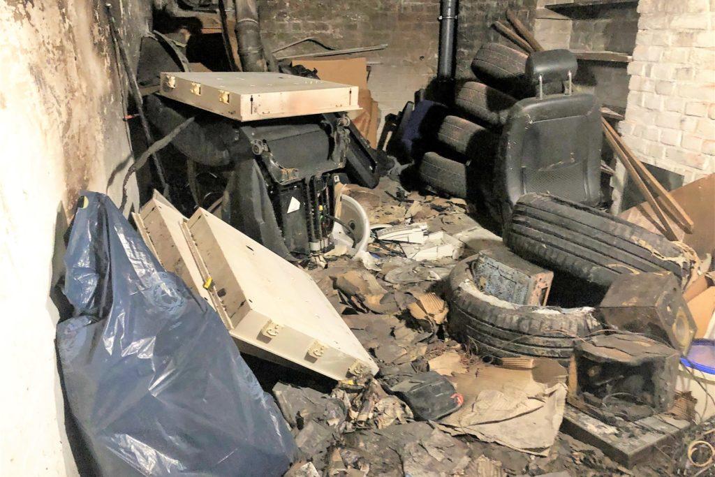In diesem Kellerraum hat das Feuer gewütet. Glücklicherweise haben sich die Flammen nicht ausgebreitet.