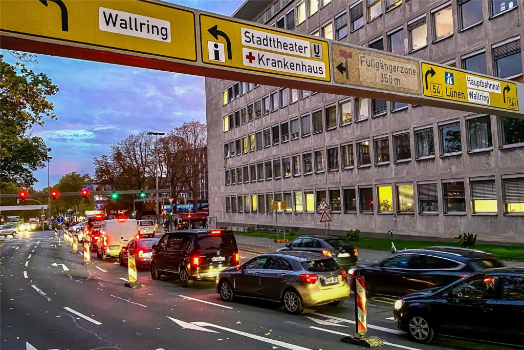 Auch der Südwall war gesperrt. Das führte zu Staus rund um die Dortmunder Innenstadt.