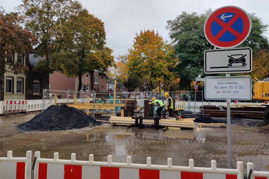 Voraussichtlich bis zum 6. November noch muss die Cappenberger Straße wegen der Kanalsanierung gesperrt werden.