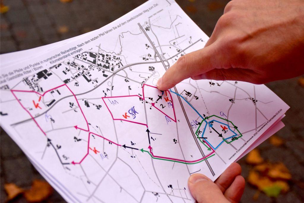 Der offensichtlichste Weg ist in der Regel nicht der richtige: Etliche Stunden Vorbereitung kostet es, um die Route für die Schinkenrallye auszuarbeiten. Wichtig dabei: Jedes Teilstück darf nur einmal und in eine Richtung befahren werden.