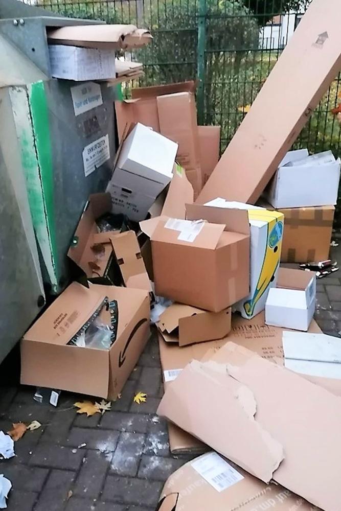 Die vermüllten Container haben eine rege Diskussion in den sozialen Netzwerken ausgelöst.