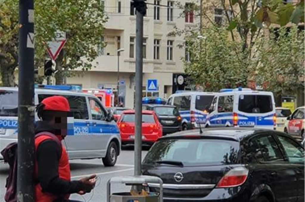 Am Borsigplatz war am Freitagmittag ein großes Polizeiaufgebot zu beobachten.