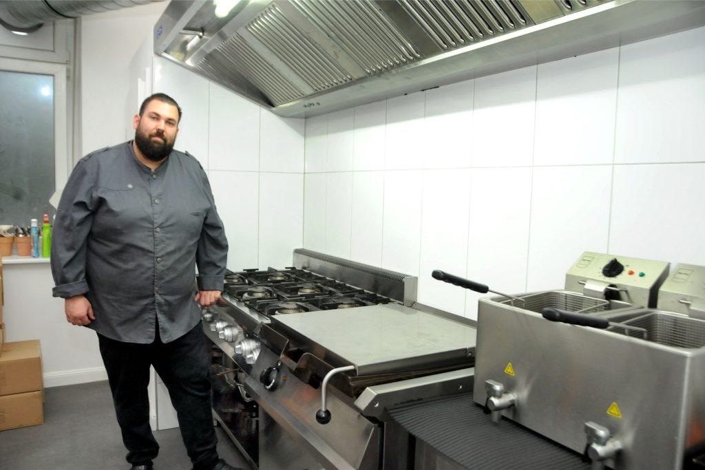 Die Küche von Andreas Casper ist bereit für zahlreiche Bestellungen.