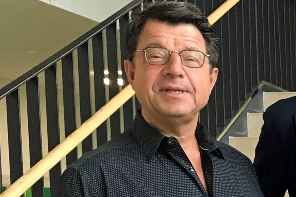 Schulleiter Hubertus Steiner sieht, dass es noch großen Handlungsbedarf an der Marga-Spiegel-Schule gibt, wenn es um den Distanzunterricht geht.