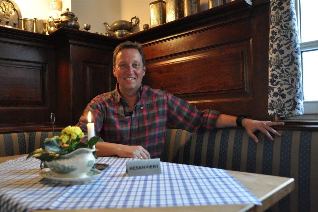 Brauhaus-Chef Frank Teschler in seinem Restaurant. Derzeit kann er nur mit Abhol- und Lieferservice seine Gäste bedienen. Er sorgt für den kulinarischen Aspekt bei der Gutschein-Aktion.