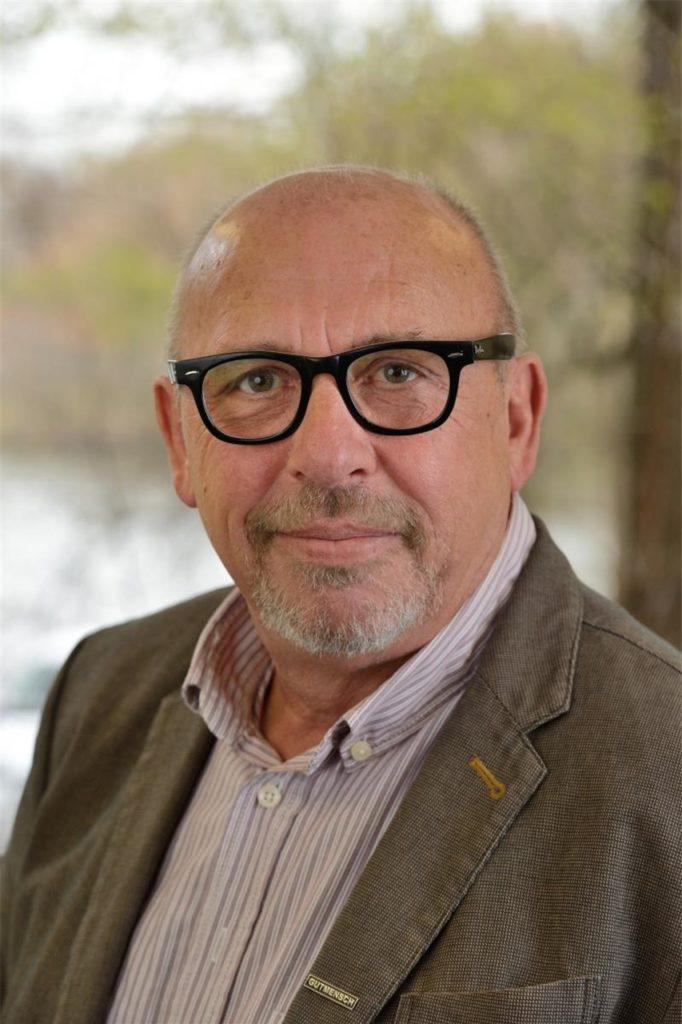 Peter Boeckel (65) ist der Leiter des Awo-Seniorenheims in Kirchlinde.