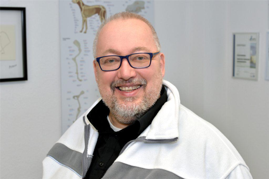 """Seit 1993 arbeitet Tierarzt Volker Borchers in Scharnhorst. """"Diese Berufung stellt eine lebenslange persönliche Bereicherung dar."""""""