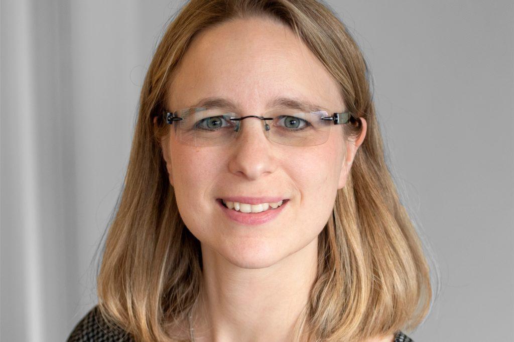 """Kathrin Köhling ist Geschäftsführerin der LEG und zuständig für das operative Geschäft der insgesamt sieben Niederlassungen. """"Dortmund ist die Stadt, in der wir den größten Wohnungsbestand haben – und deshalb für uns sehr wichtig"""", sagt sie."""