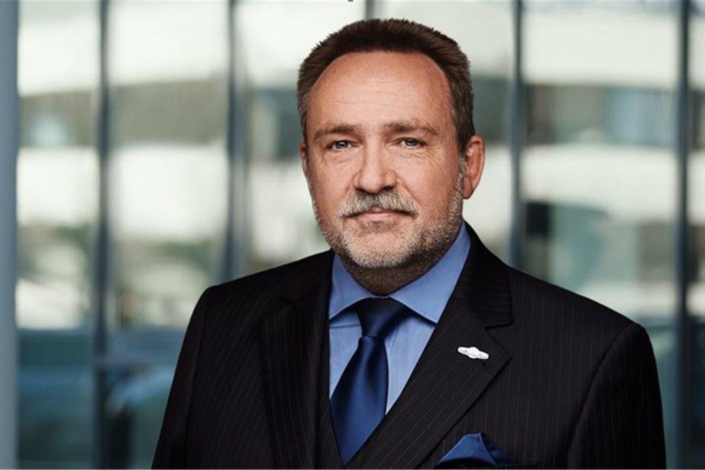 Wolfgang Scharf leitet die Wirtschaftsauskunftei Creditreform am Phoenix-See in Dortmund.