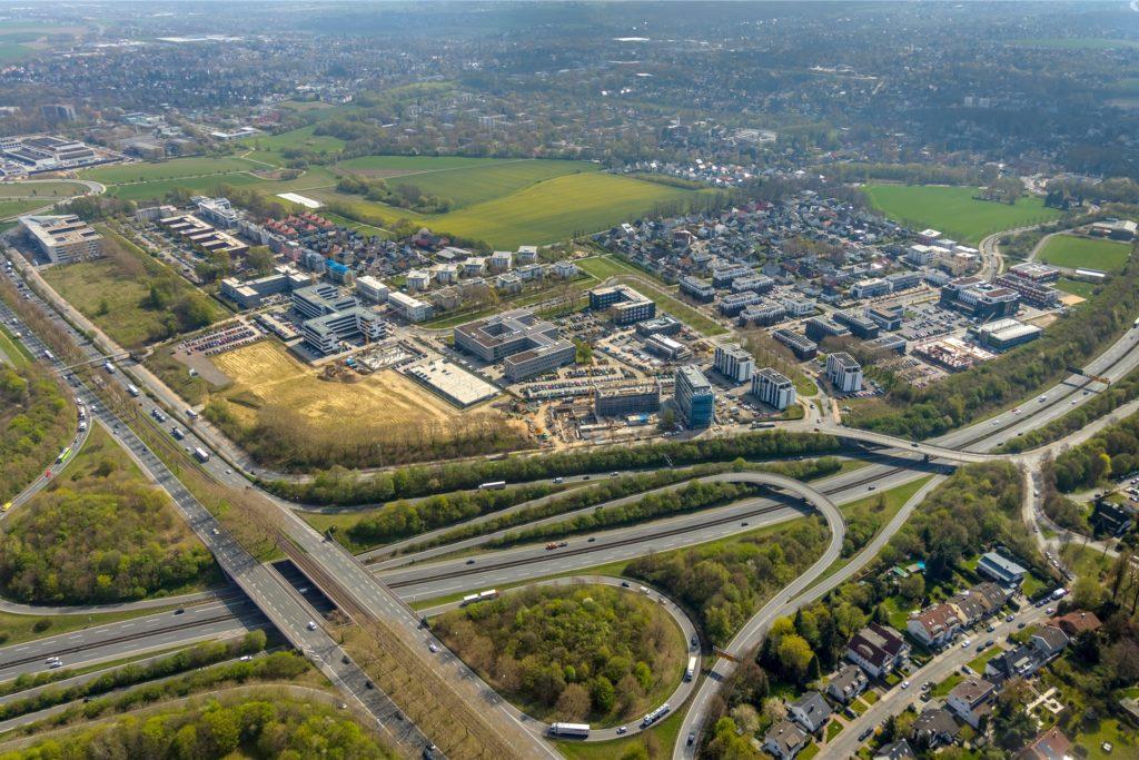 Die Stadtkrone-Ost an der B1 ist längst zu einer Toplage für Gewerbeimmobilien in Dortmund geworden.