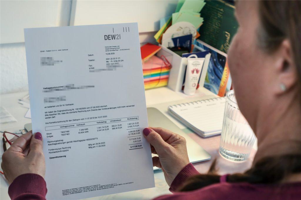 Das Ehepaar aus Körne bekam eine unerwartete hohe Strom-Nachzahlung von über 2000 Euro.