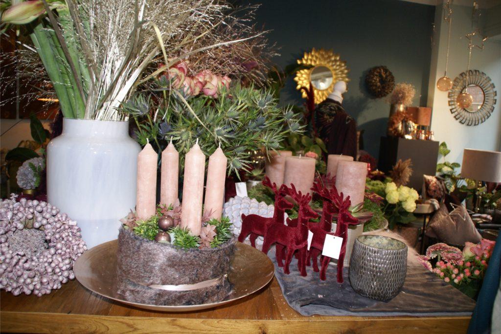 Zum klassischem Adventskranz gesellt sich die Adventstorte.