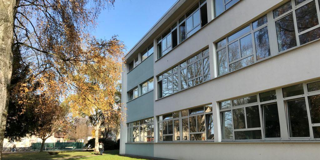 Es blieb lange Zeit unklar, weshalb die Fridtjof-Nansen-Realschule am Montag tatsächlich den kompletten Unterrichtsbetrieb einstellte.